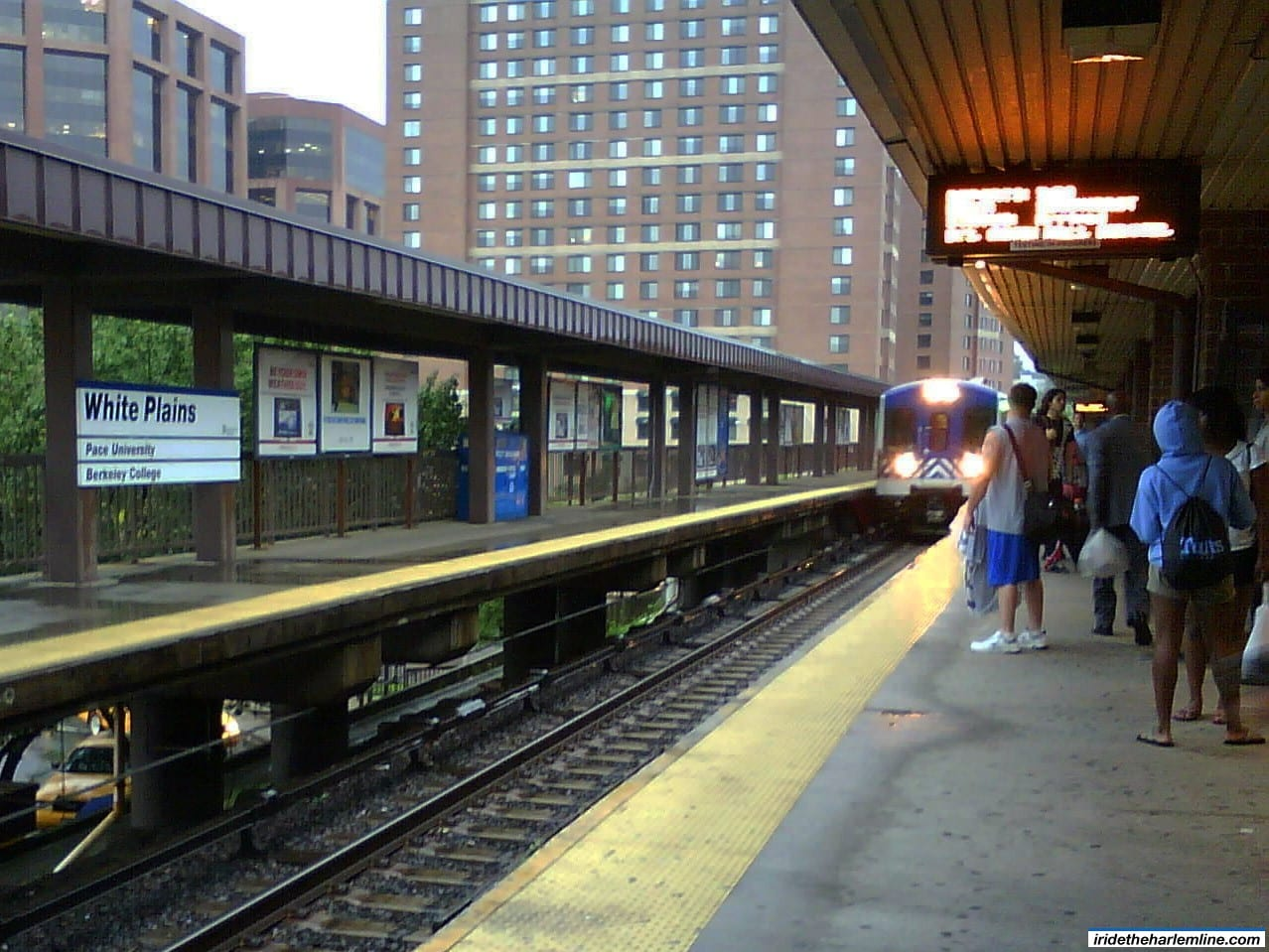 how to get from white plains to nyc