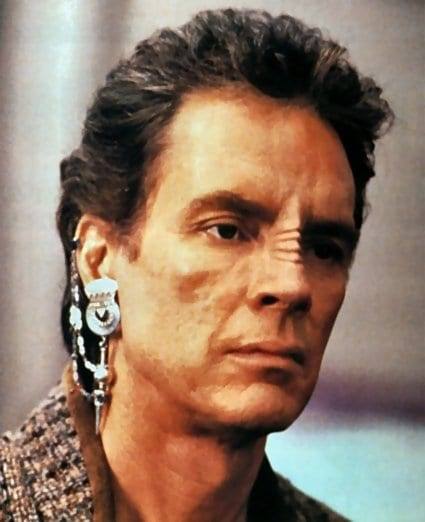 Bajorans Are Those Aliens With The Nose Ridges And Wear Earrings