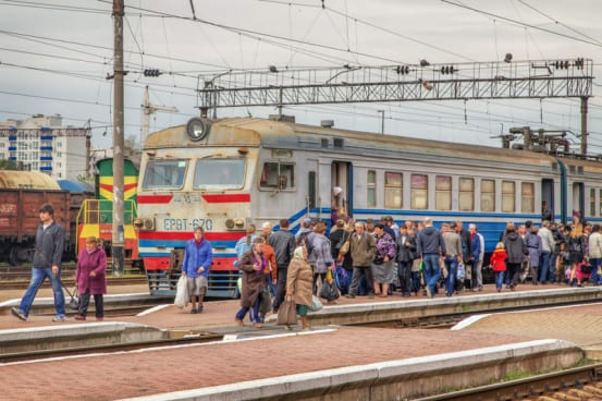 Train from Slavutych arrives at Chernihiv