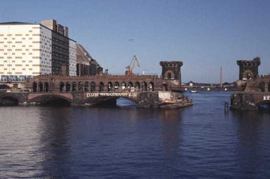 The Oberbaum Bridge, 1993