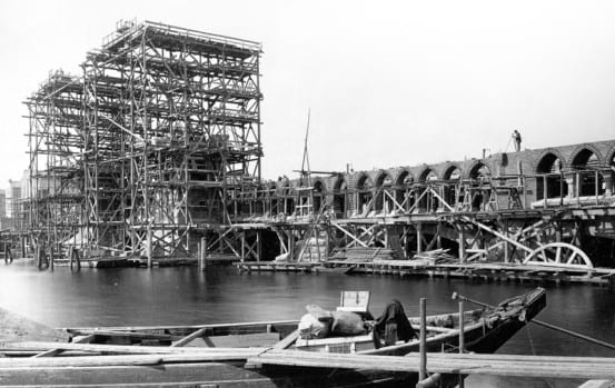 1895 bridge construction photo