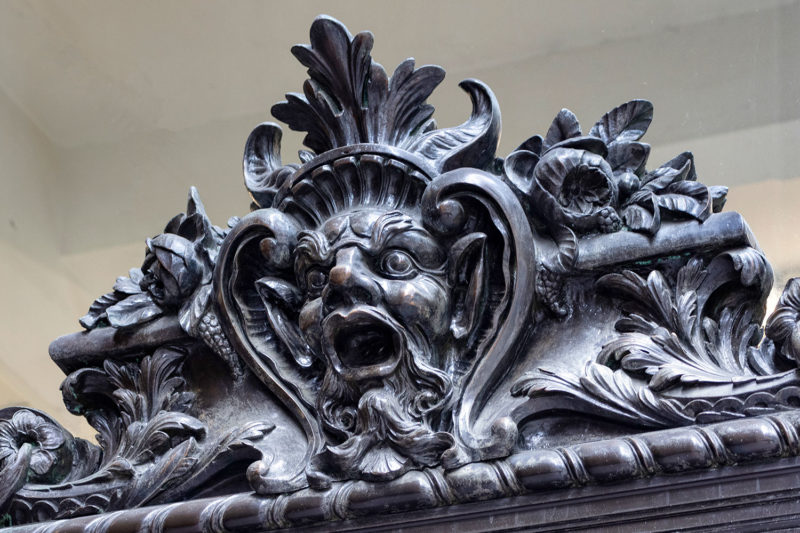 One of the many grotesques of the New York Central building
