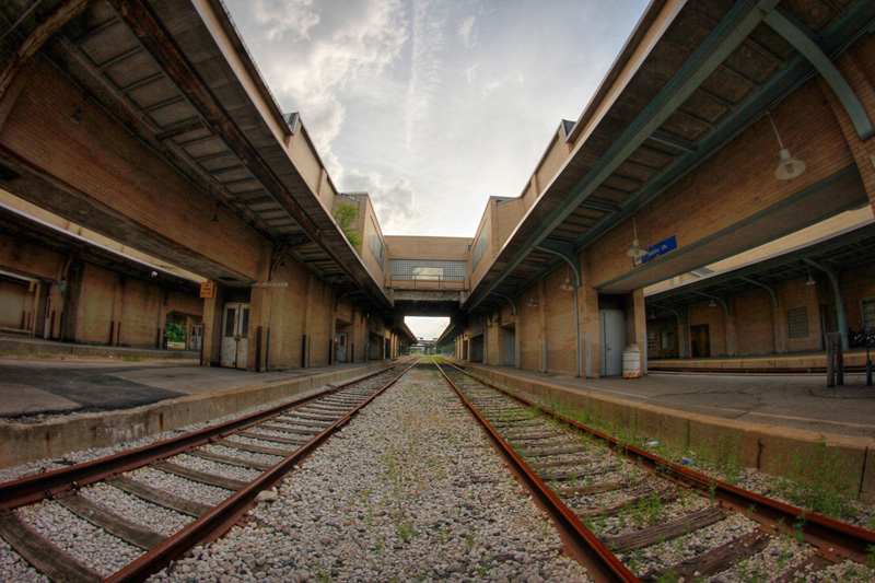 Toledo – the busy, half-abandoned station – I Ride The Harlem Line…